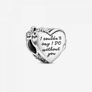 Charm Pandora a cuore con incisione mod. 799146C00